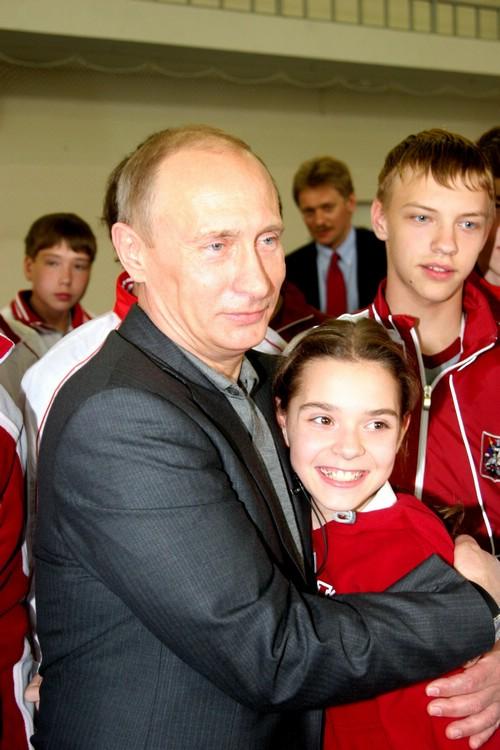 2009 год. Владимир Путин и Аделина Сотникова