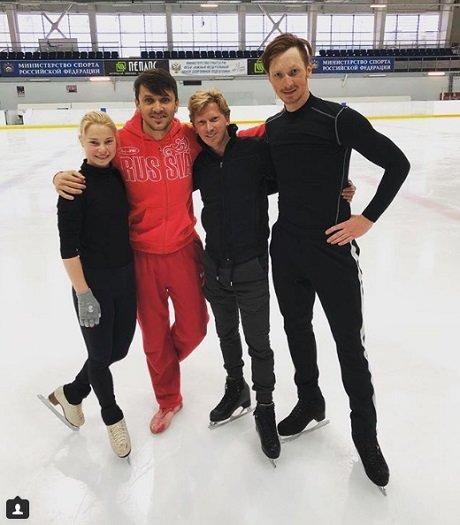 Меньшов помогает Транькову в подготовке Тарасовой и Морозова