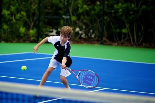 обучение детей теннису